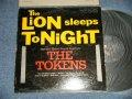 THE TOKENS - THE LION SLEEPS TONIGHT (VG+++/Ex+++ Tape Seam ) / 1961 US AMERICA ORIGINAL Mono Used LP