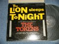 THE TOKENS - THE LION SLEEPS TONIGHT (VG+++/Ex+++ Tape Seam ) / 1961 US AMERICA ORIGINAL Mono Used LP