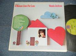 """画像1: WANDA JACKSON - A WOMAN LIVES FOR LOVE ( Ex++/Ex+++ WOBC) / 1970 US AMERICA ORIGINAL """"CAPITOL RECORD CLUB Release"""" Used  LP"""